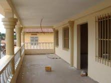 A louer: Immeuble de bureau de 520m², Sokodé centre.