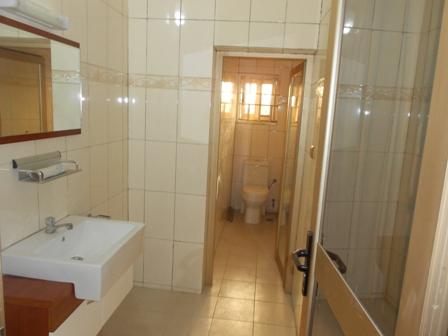 A louer appartement t2 meubl adidogome phillison co - Condition pour louer un appartement meuble ...