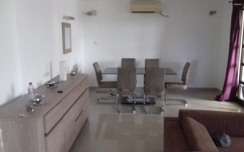 A louer: Villa duplex à piscine meublée, Agodeke-Lomé.