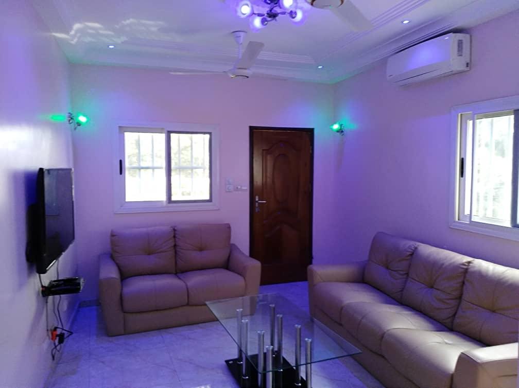 A louer: Appartement F2 meublé, Agoé-Agip