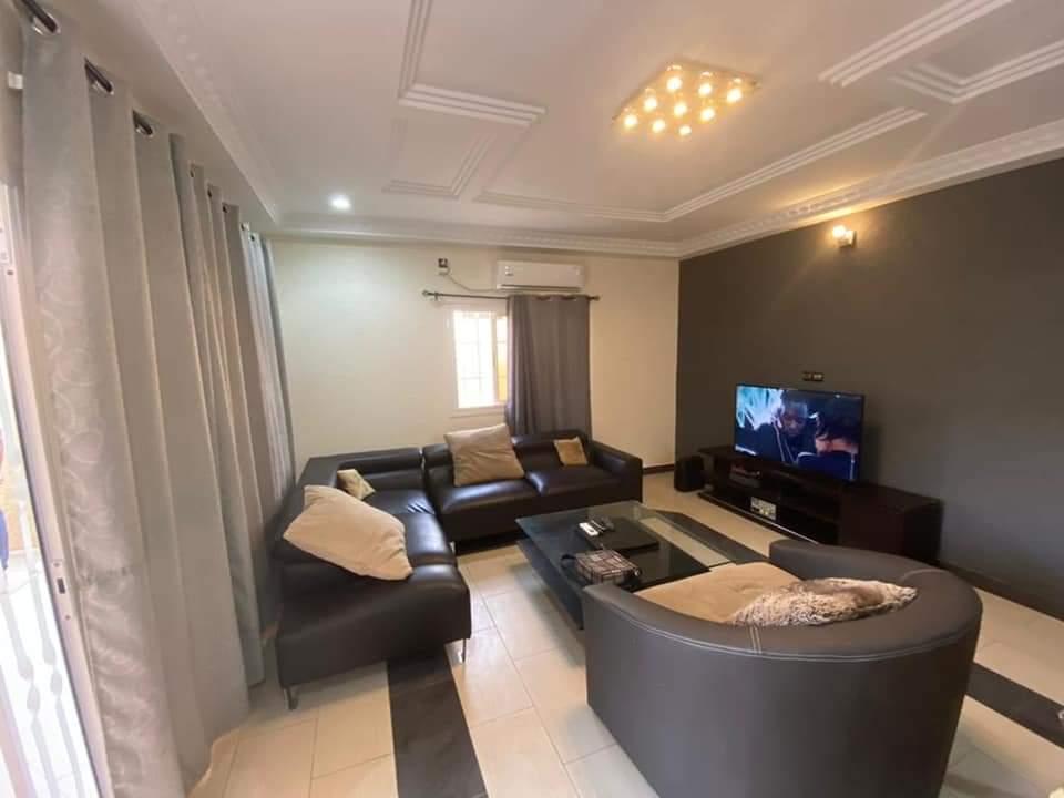 A louer: Villa meublée moderne, Adidoadin-Lomé.